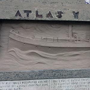 Mémorial en hommage à l'Atlas V