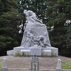 Monument aux héros des combats de la nuit du 5 au 6 août 1914