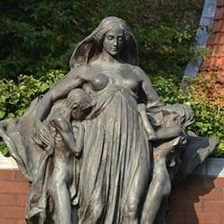 Statue Montefiore-Levi