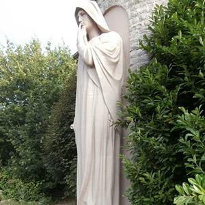 La Dame blanche du Mémorial Walthère Dewé