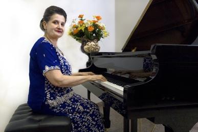 Marcella pianista