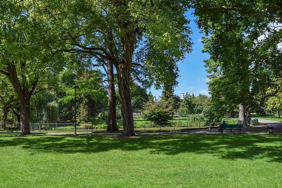 https://www.liege.be/fr/decouvrir/plein-air/espaces-verts/jardin-botanique/jardin-botanique-galerie/jardin-botanique-15/@@images/47ec333b-9d74-4ceb-ae85-e628eaab0c1b.jpeg