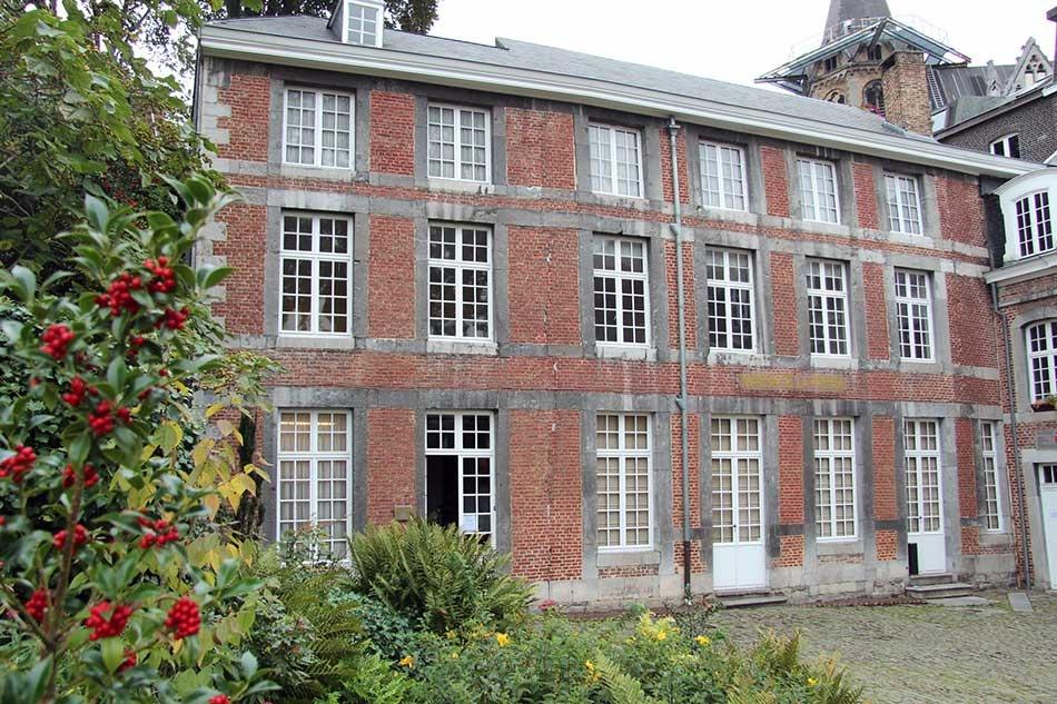 Maison de la Presse et de la Communication (façade)