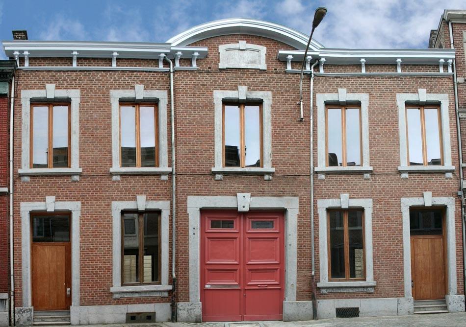 armuriers façade avant 2011
