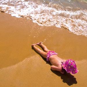 Vous partez en vacances au soleil... Pensez à vous protéger !